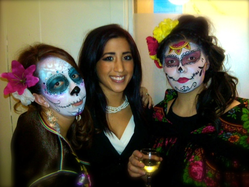 Face painting for Dia de los Muertos